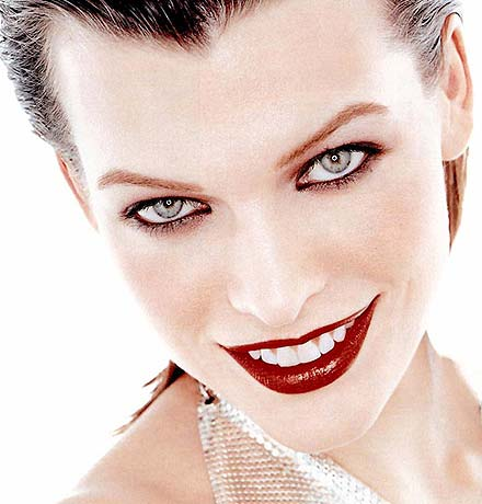 http://photo.thestars.ru/images/M/millajovovich/5.jpg